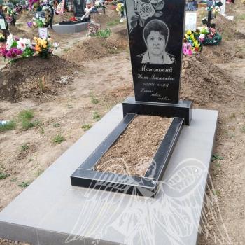 Памятник одинарный № 12