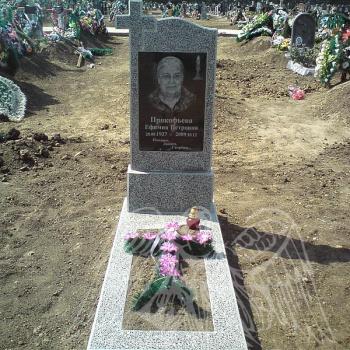 Памятник из крошки № 7
