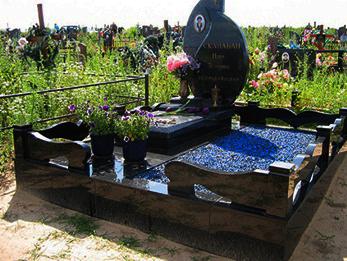 цветной щебень могилу фото